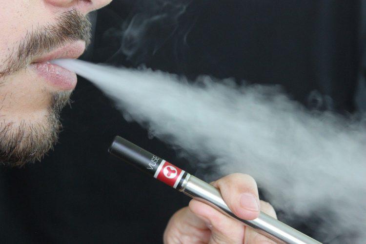 Meilleure cigarette électronique pour gros fumeur