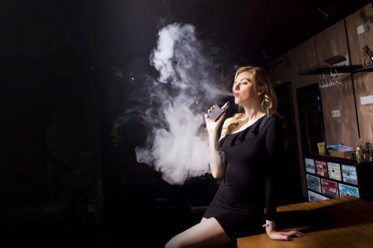Cigarette électronique sans nicotine pour non-fumeur